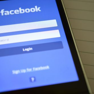 Facebook Advertising: Boosting vs Ad Manager